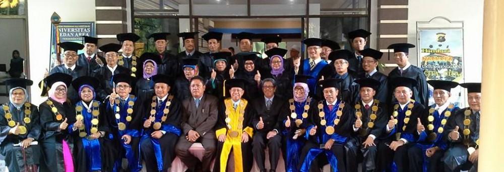 Dr. Ir. Hj. Siti Mardiana, M.Si